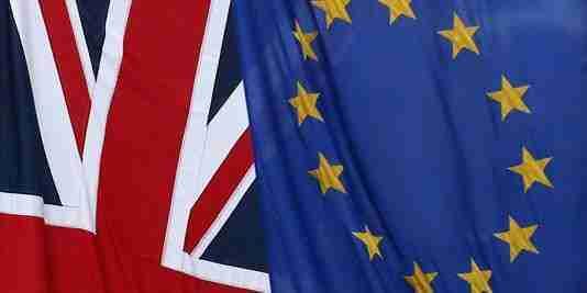 drapeaux-britanniques-et-europeens