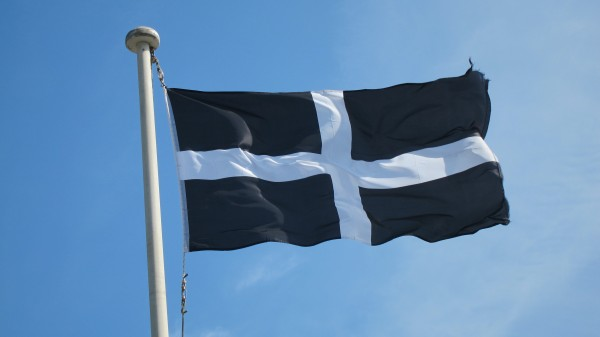 Cornwall_Saint_Piran_Flag