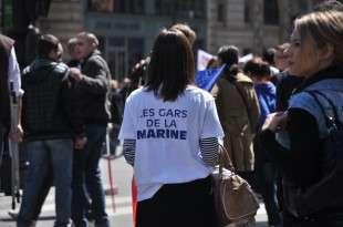 Meeting_1er_mai_2012_Front_National,_Paris_(58)