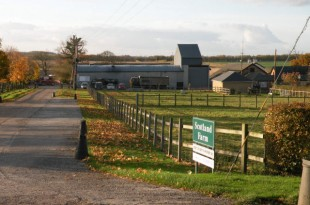 Scotland_Farm_-_geograph.org.uk_-_1043627