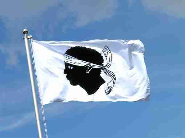 drapeau-de-la-corse-7