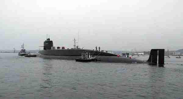 Le Redoutable, sous-marin de même gamme que Le Tonnant.